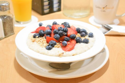 oatmeal with berries and granola.jpg